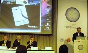 Al Gore thanking Dr Bob Corell