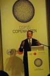 Al Gore rocking the room